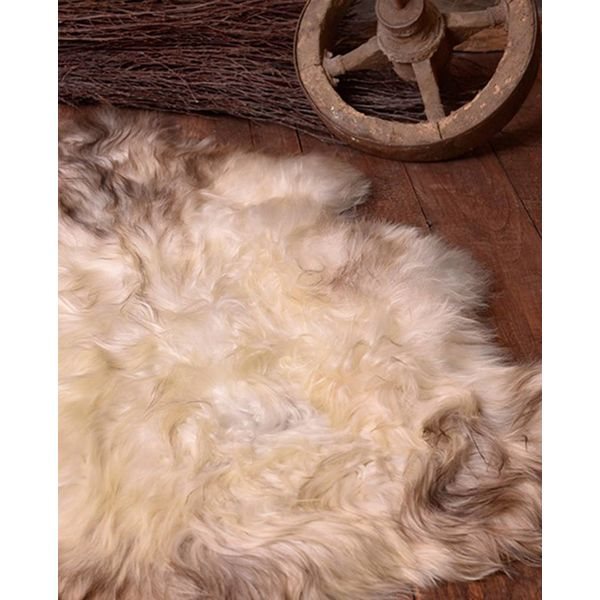 Nordic sheepskin white