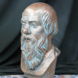 popiersie Sokratesa