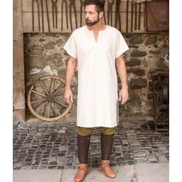 Bajo la túnica de Snorri, mangas cortas