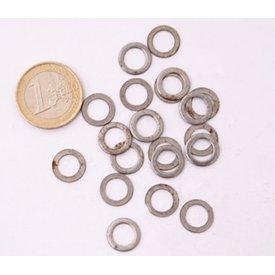 Ulfberth 1 kg flat unriveted rings, 8 mm