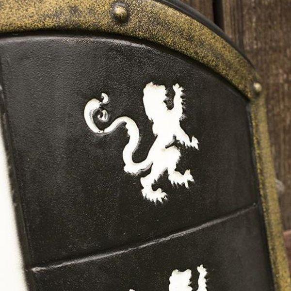 Epic Armoury LARP leeuwenschild wit/zwart/goud