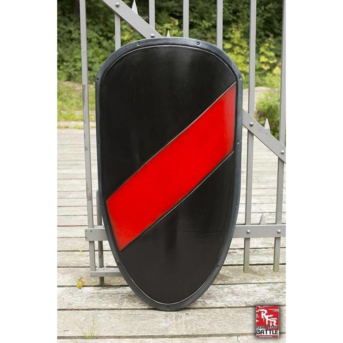 Epic Armoury Escudo de caballero LARP negro / rojo