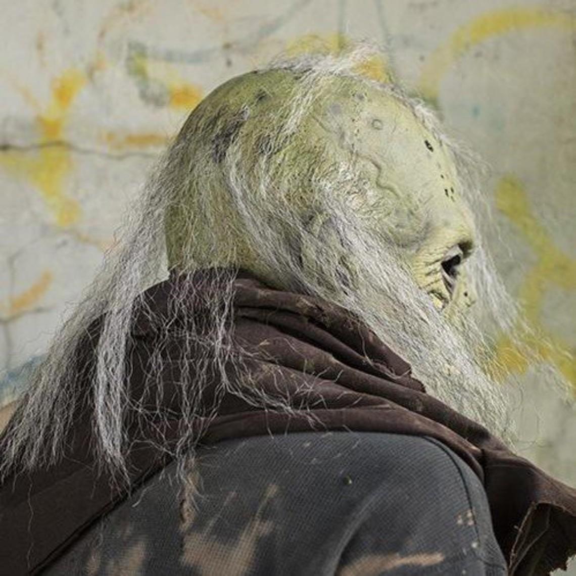 Epic Armoury máscara del zombi con el cerebro