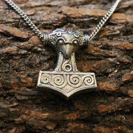 Skane Thor's hammer with necklace