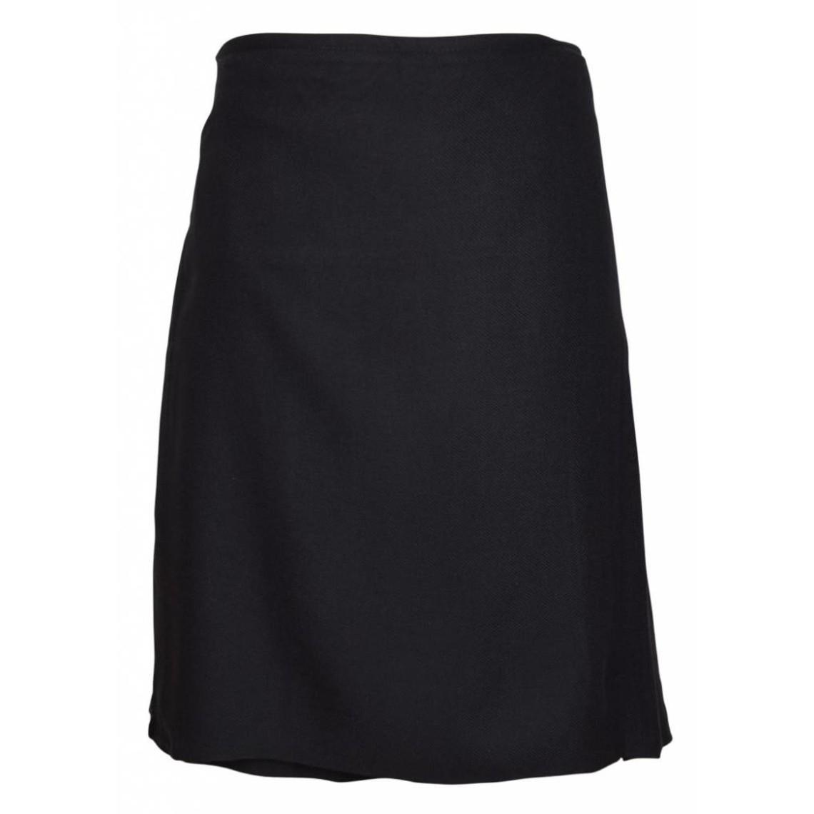 Falda escocesa, negro