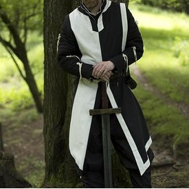 Epic Armoury Tabardo Geoffrey, preto e branco