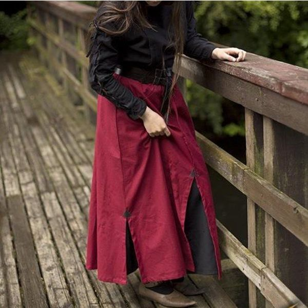 Epic Armoury Battle skirt, red