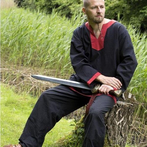 Epic Armoury Mittelalterliche langärmelige Tunika schwarz-rot