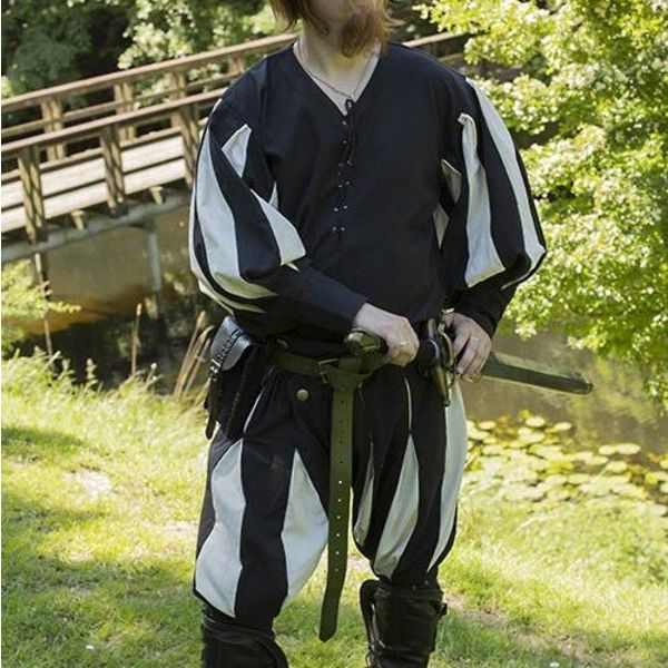 Epic Armoury Landsknechtenshirt zwart