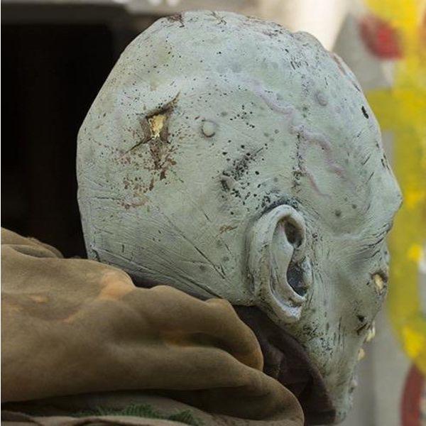 Epic Armoury Zombiemasker grijs