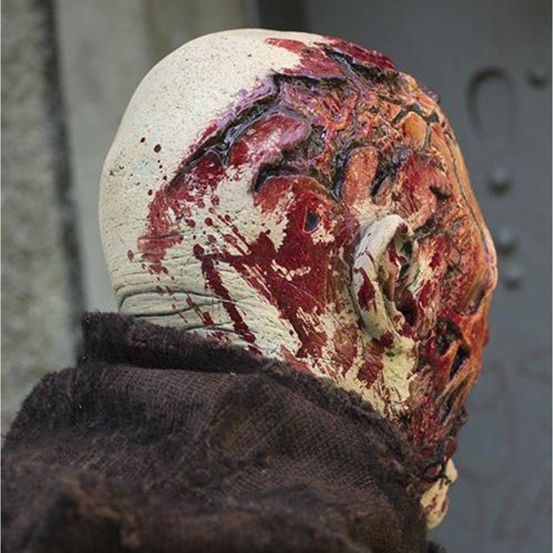 Epic Armoury máscara del zombi de sangre