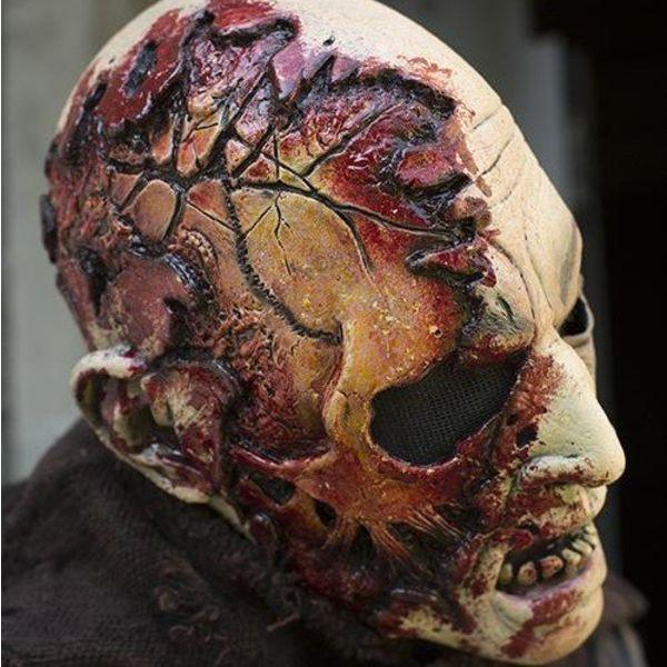 Epic Armoury Zombiemasker met bloed