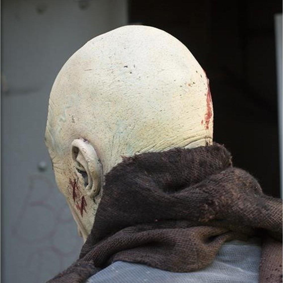 Epic Armoury masque Zombie avec du sang