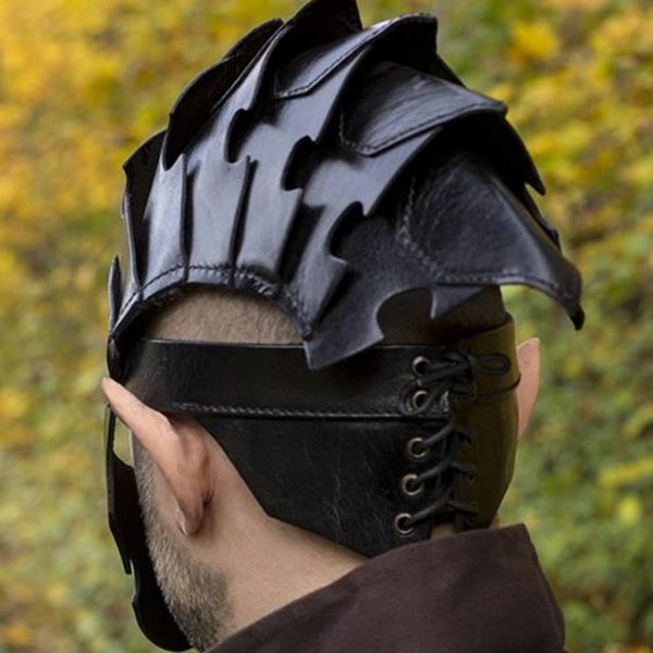 Epic Armoury Assassin Hjelm, Sort Læder, LARP