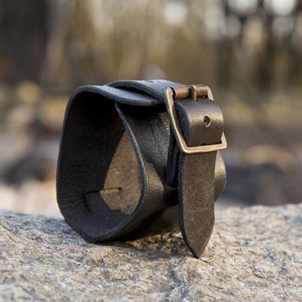 Epic Armoury Leren manchet armband
