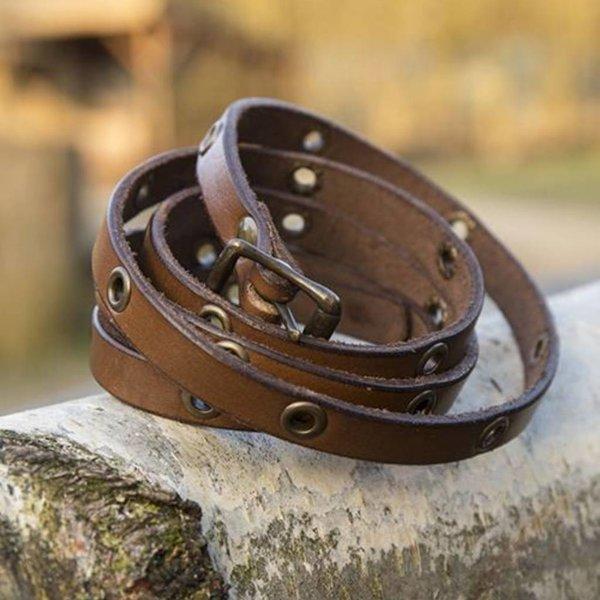 Epic Armoury Leren armband met oogjes