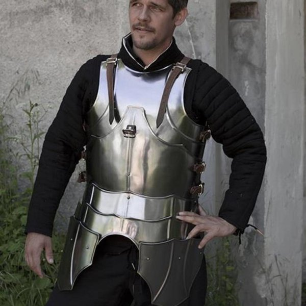 Epic Armoury LARP gotisk kyrads