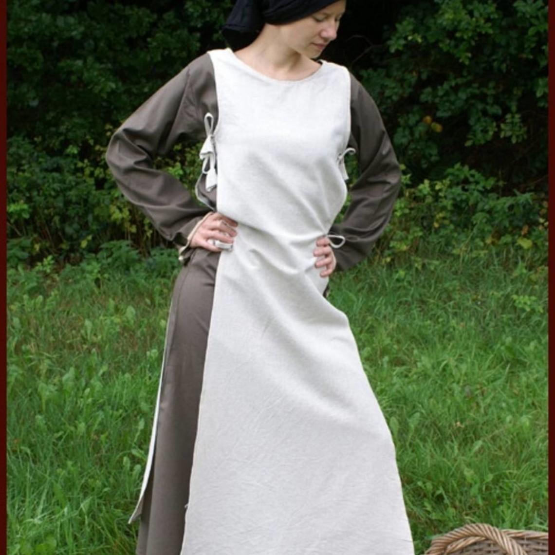 Vestido medieval Agnes blanco-verde oliva.
