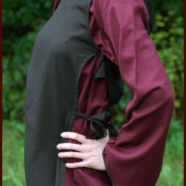 Middeleeuwse jurk Agnes zwart-bordeaux