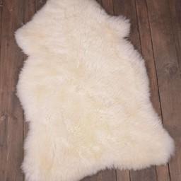 English sheepskin, ivory