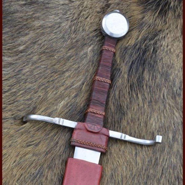 Deepeeka Hand-and-a-half sword Musée de Cluny