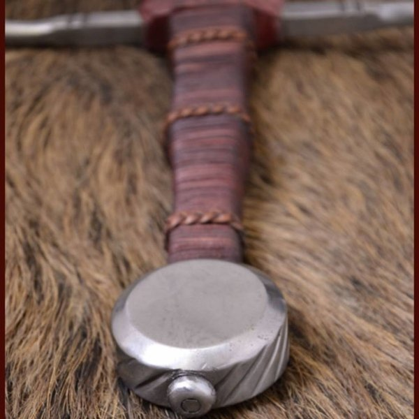 Deepeeka Hand-and-a-half Musée de Cluny miecz