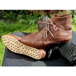 Buty zrobić Kostek (1300-1600) z gwoździ