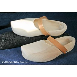 Clogs with leather band