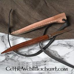 Medieval pen knife (1200-1400)
