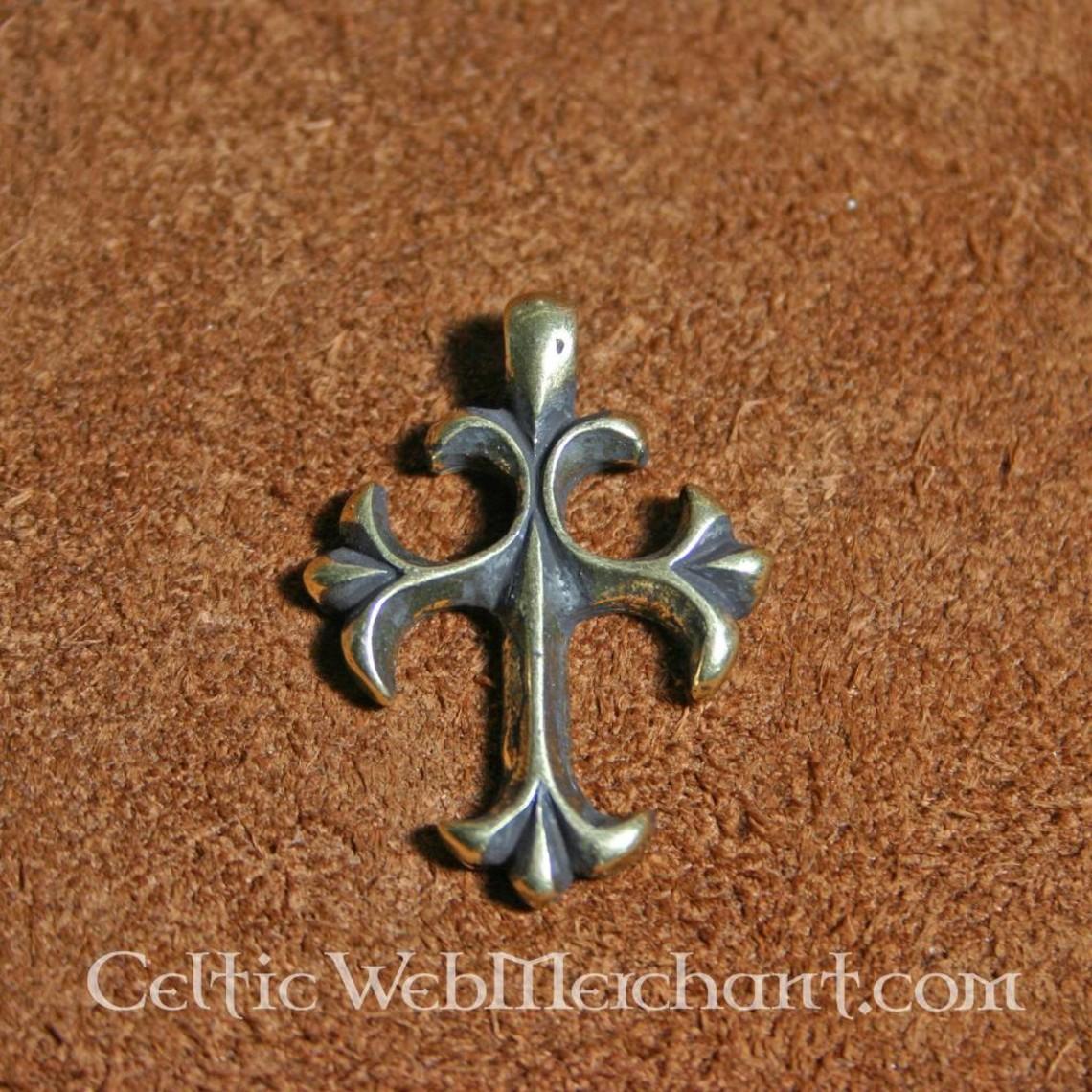 Pendiente cruz de siglo 15