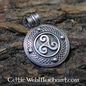 Pendentif triskelion irlandais