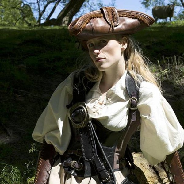 Epic Armoury Tricorn Blackbeard, marrón