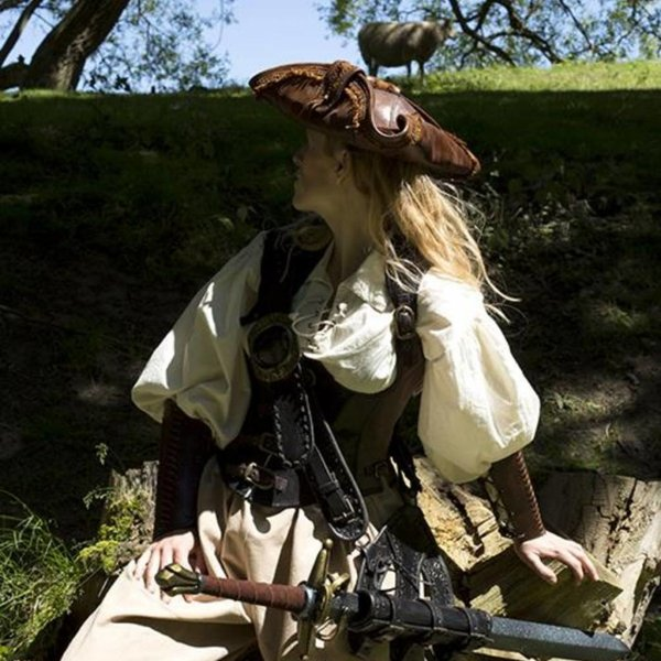 Epic Armoury Tricorn Blackbeard, brown