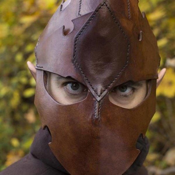 Epic Armoury Casco assassino, pelle marrone, LARP