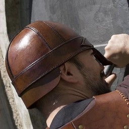 Casco nasal de cuero, marrón