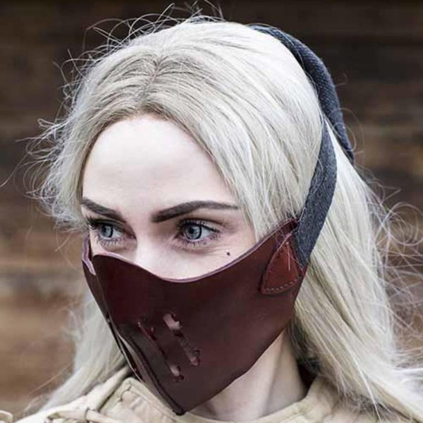 Epic Armoury Leather Mempo half mask, red