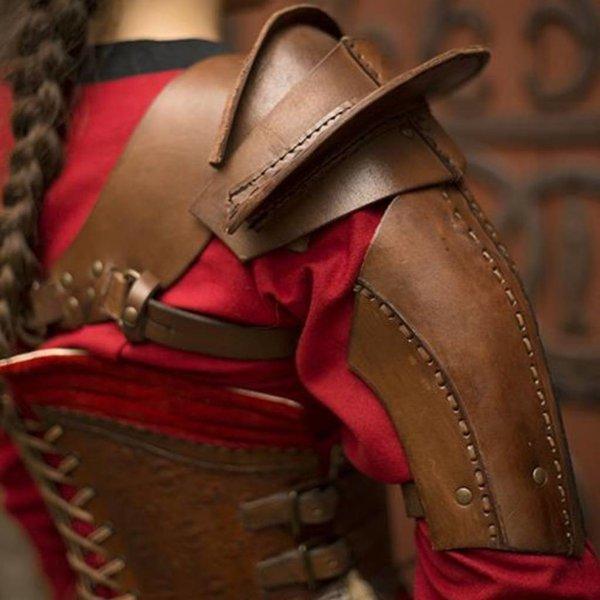 Epic Armoury Læder skulder rustning, brun
