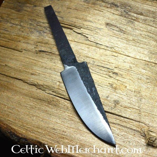 Medieval knife blade