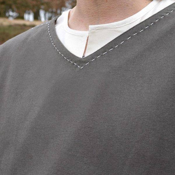 Tunic Kragelund hand-stitched finish, olive green