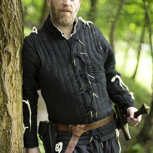Epic Armoury XV-wieczny czarny płaszcz