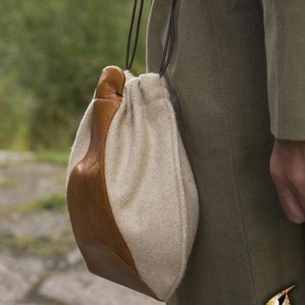 Epic Armoury Uldlæder taske, beige-brun