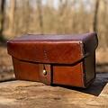 Epic Armoury Imperial läderväska, brun