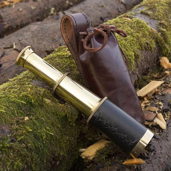 Epic Armoury Telescope with leather pouch