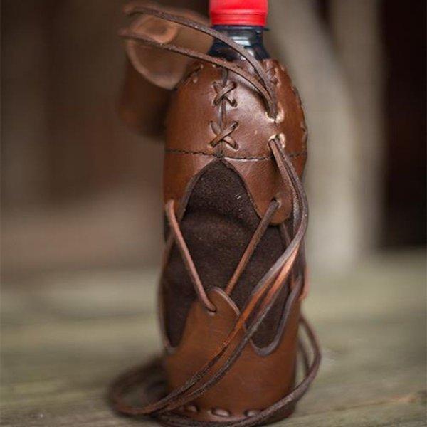 Epic Armoury Uchwyt do butelki plastikowej, brązowy