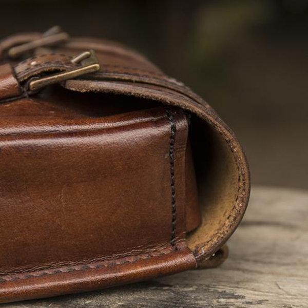 Epic Armoury Sac ceinture en cuir Niccola, marron