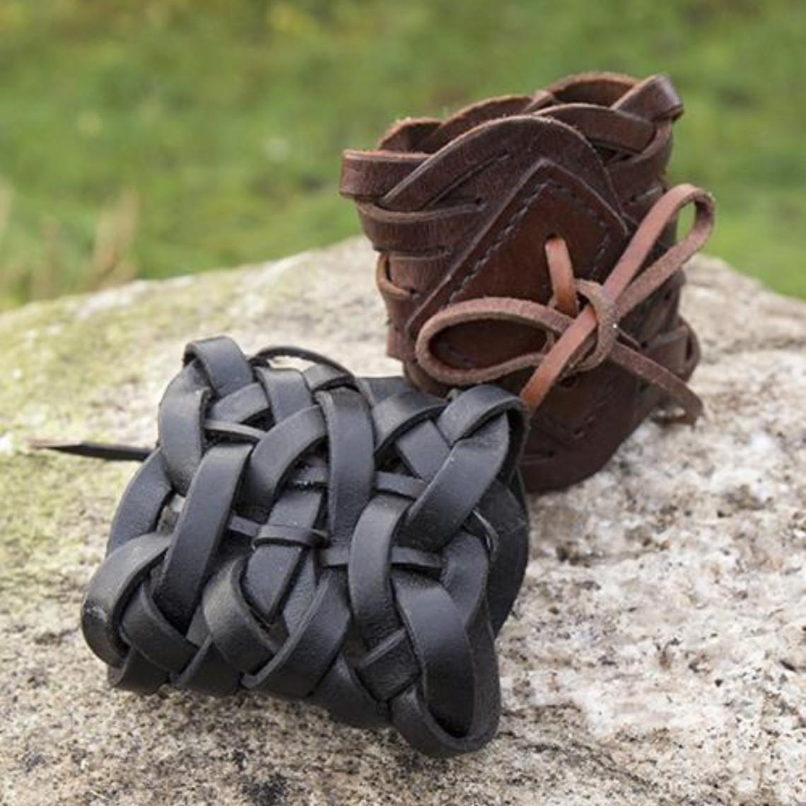 Epic Armoury Gevlochten leren armband, bruin