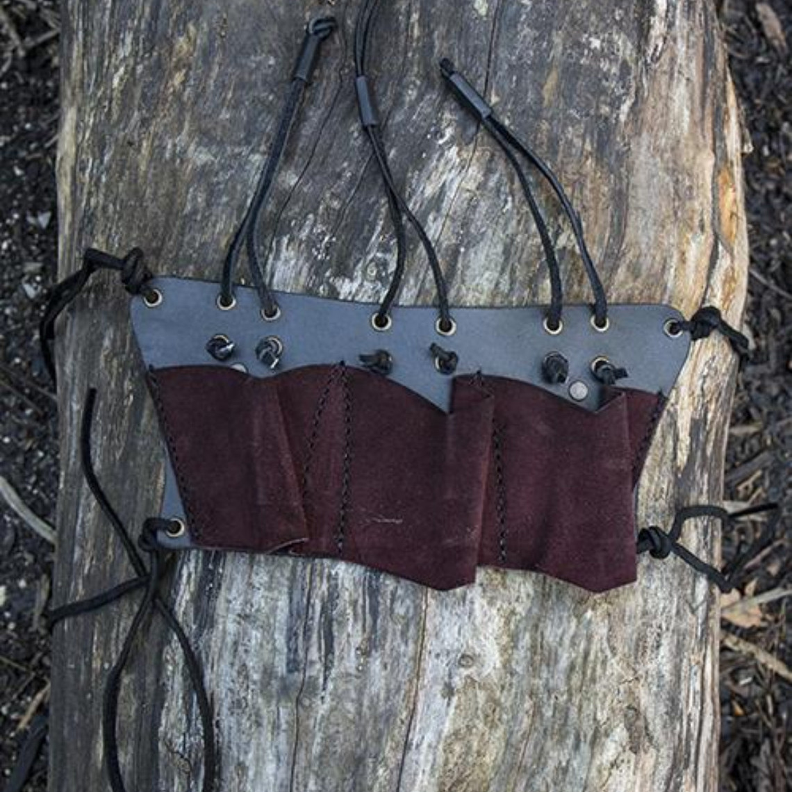 Epic Armoury Cinturón para 3 cuchillos de lanzar LARP, marrón.