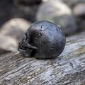 Epic Armoury Cráneo LARP, color acero.