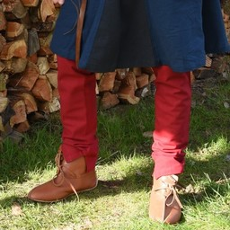 Medieval chausses with laces, red