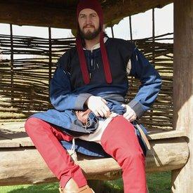 Chausses medievales con cordones, rojos.